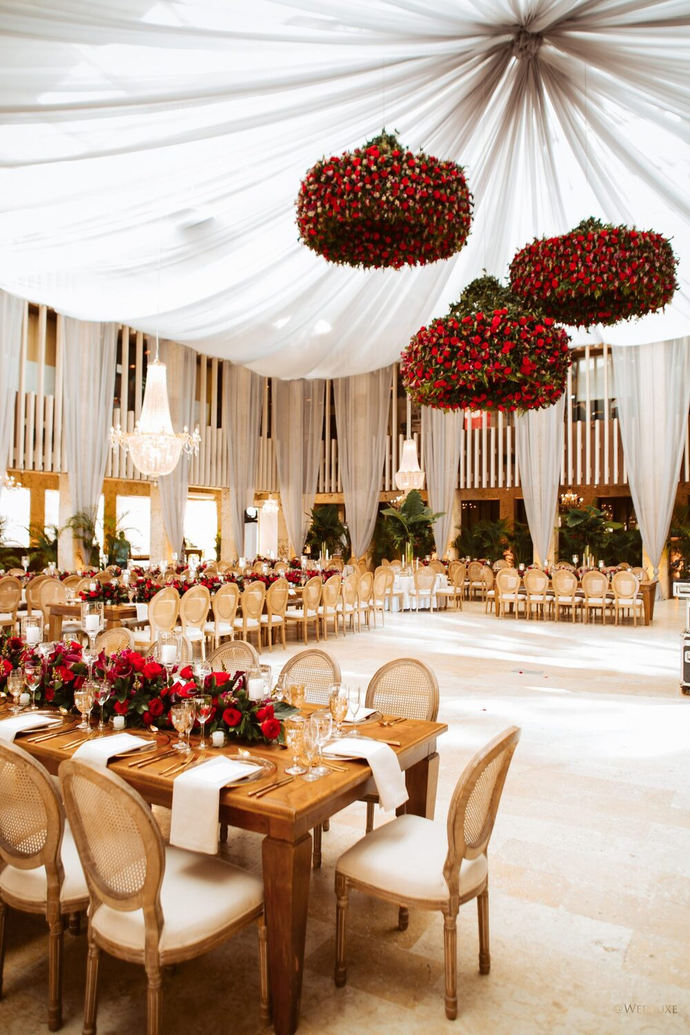 be018113861 Get the latest news and tips on the top global luxury wedding trends!